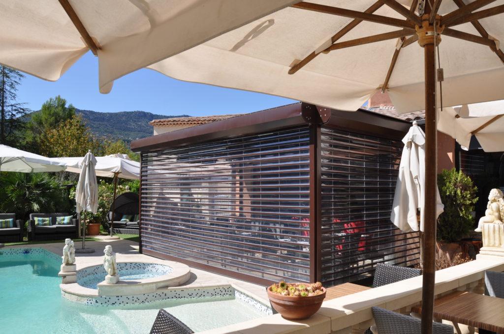 Outdorr patio Screen option - Restuarant terrace -Azenco