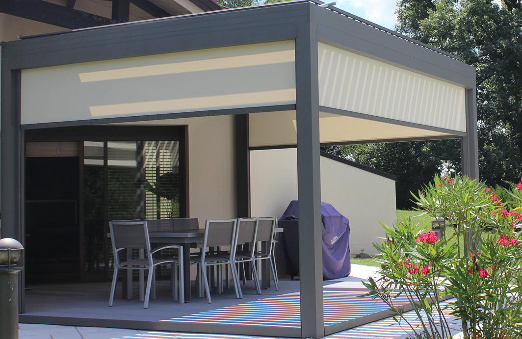 Outdoor patio Screen, louvered roof pergola - Solar Screen