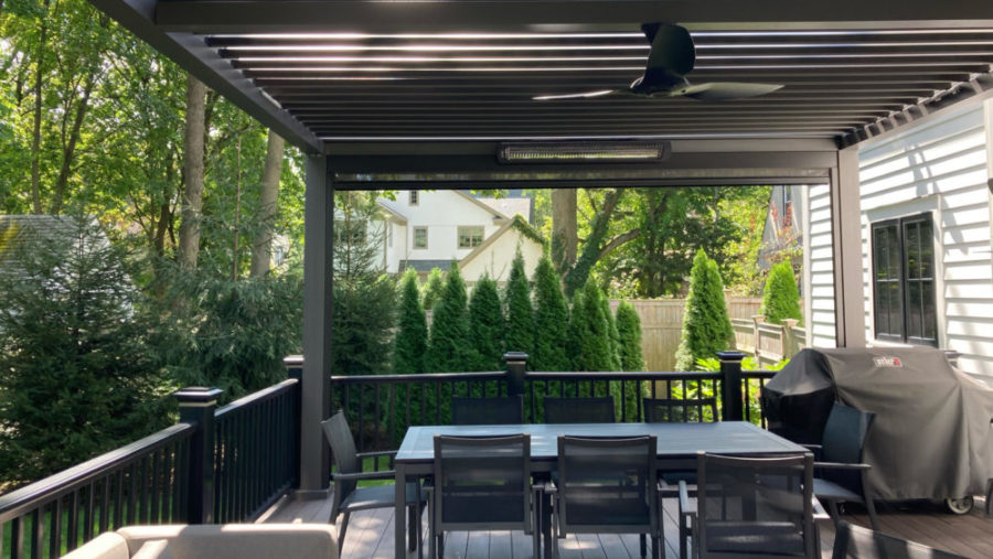 aluminum pergola for a cozy backyard space